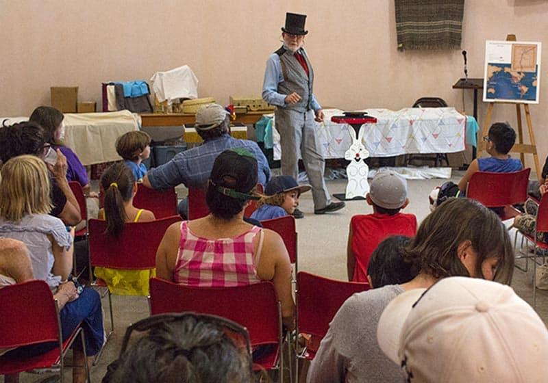 Fiesta de los Niños Magic Show