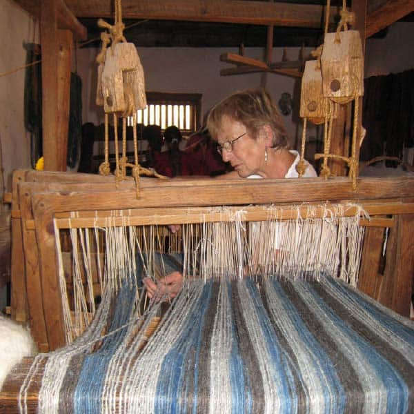 Talleres de Hilar y Tejer, Weaving and Spinning Rooms