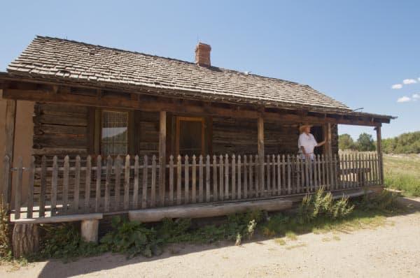 Raton Schoolhouse, Las Golondrinas